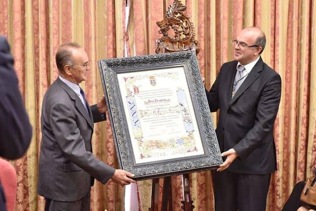 Nuestro miembro del Consejo Científico, D. Manuel Nicolás Fernández, recibe el título de Hijo Predilecto de La Palma