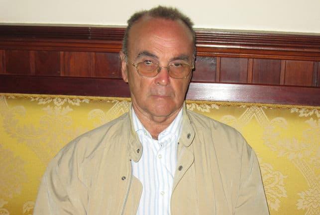 """Don Manuel Fernández, miembro del Consejo Científico de la Reserva Mundial de la Biosfera La Palma, ha sido distinguido con la """"Medalla de Investigador Ilustre"""" por la Sociedad La Investigadora de Santa Cruz de La Palma."""